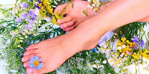 ножки в цветах