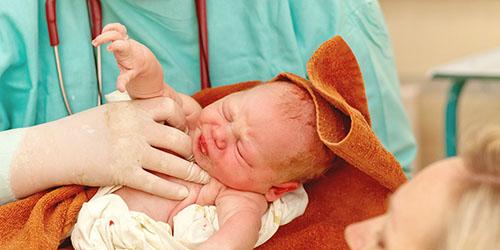 к чему снится рождение недоношенного ребенка