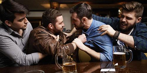 конфликт мужчин
