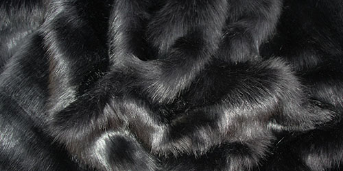 Черный мех