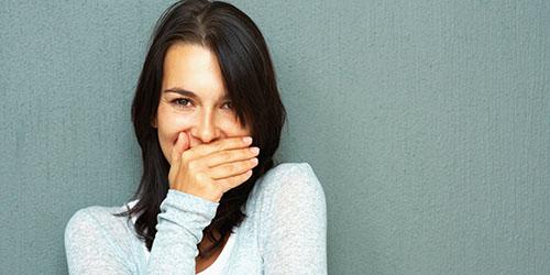 К чему снятся гнилые зубы у девушки