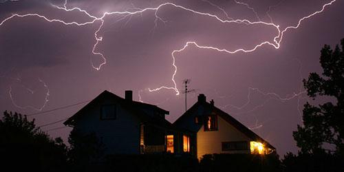 к чему снится ураган и молния