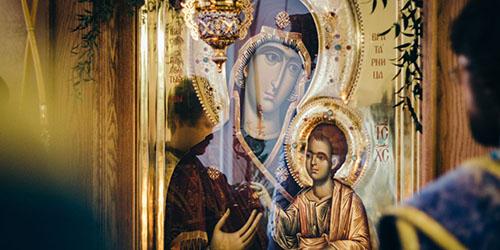 приснилась икона в храме