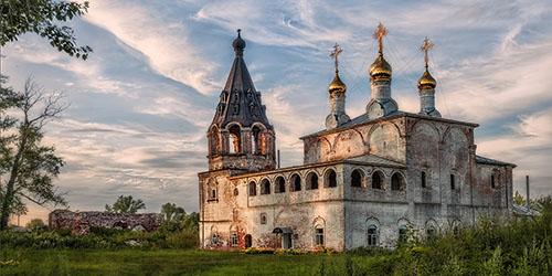 к чему снится старая церковь