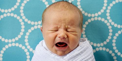 приснился плачущий младенец