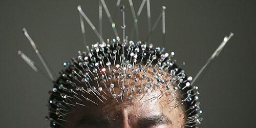 иголки в голове