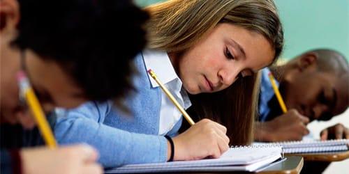 фото однокласница осталась после уроков сосвоим однаклассником