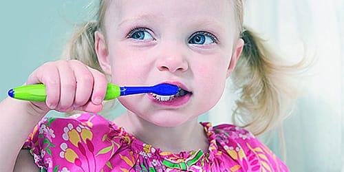 сонник чистить зубы