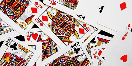 сне играть карты во