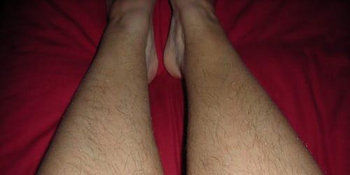Сон на ногах волосы
