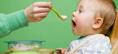 к чему снится кормить ребенка