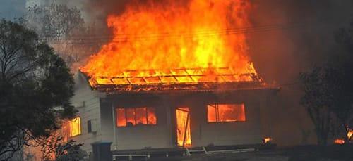 горящая крыша