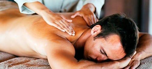 делать массаж спины
