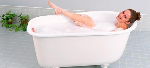 Сын помогает матери мыться в душе фото бесплатно фото 544-887