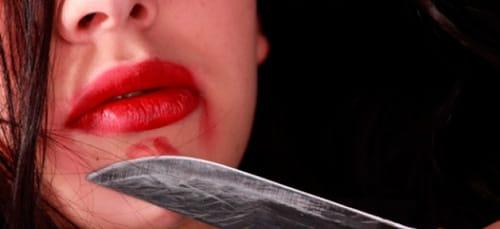 к чему снится мубить женщину