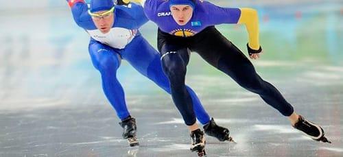 ехать на коньках