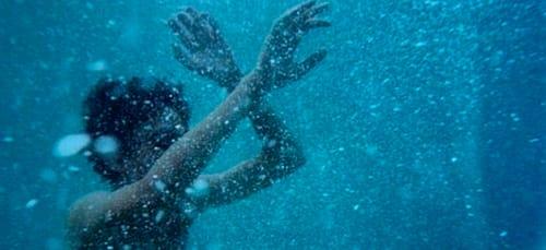 тонуть в воде во сне