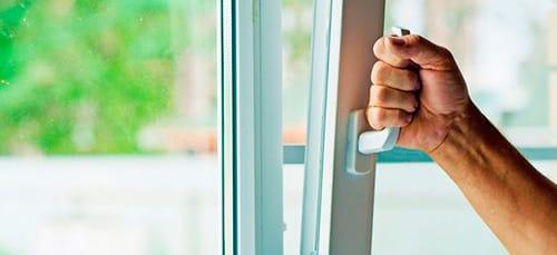 к чему снится закрывать окно