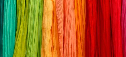 к чему снятся цветные занавески