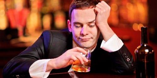 к чему снится пить алкоголь