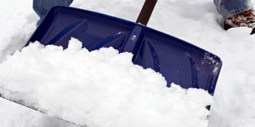 к чему снится чистить снег лопатой
