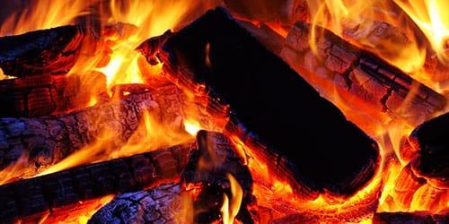 горящие дрова во сне