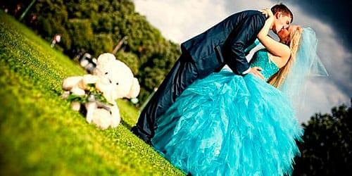 к чему снится свадебное голубое платье