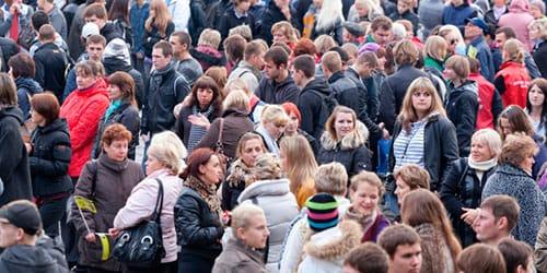 сонник толпа людей