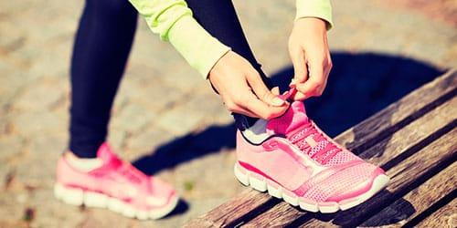 к чему снится завязывать шнурки