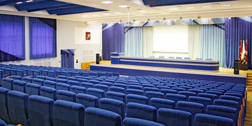 к чему снится концертный зал