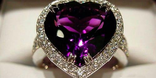 кольцо с фиолетовым камнем во сне
