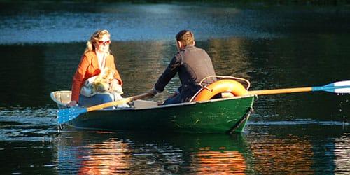к чему снится плыть по реке с кем-то