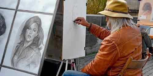 к чему снится рисовать портрет