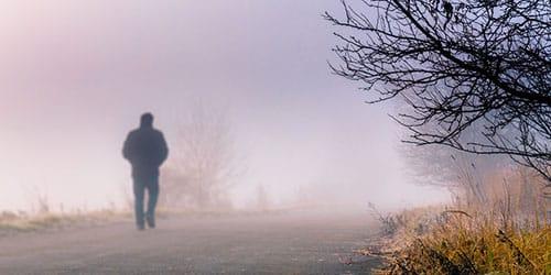 Картинки по запросу человек в тумане