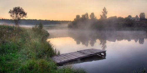 туман над водой во сне