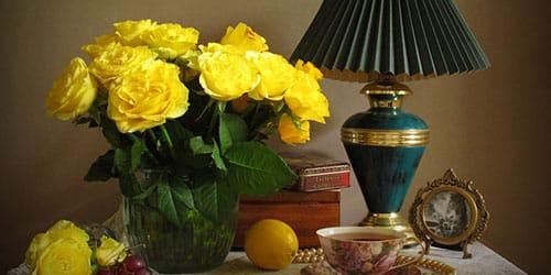 к чему снятся желтые цветы в вазе
