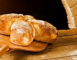 Во сне печь хлеб