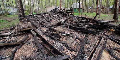к чему снится пепелище от сгоревшего дома