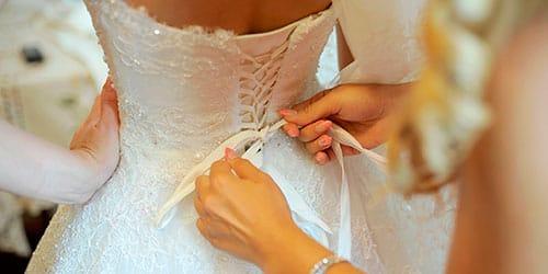 К чему снится примерять платье