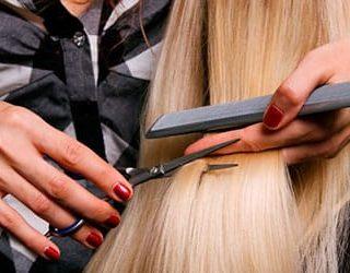 Стричь волосы другому человеку