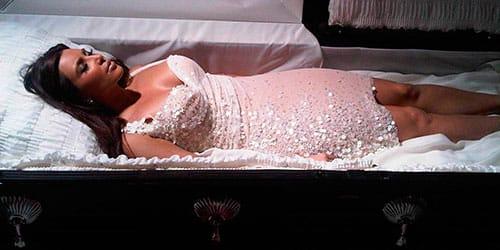 женщине видеть себя в гробу во сне