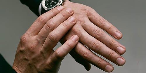 мужские руки во сне