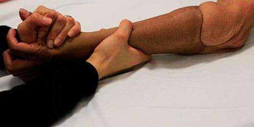 отрубить свою руку
