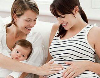 К чему снится беременная сестра?