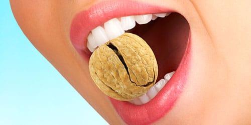 есть грецкие орехи во сне