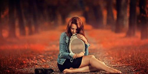 чужое отражение в зеркале