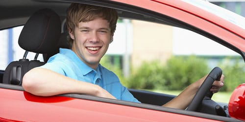 сидеть в машине за рулем во сне