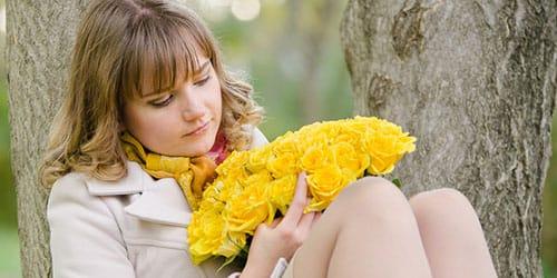 к чему снятся желтые розы
