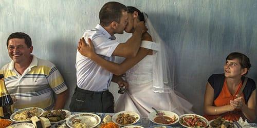 бедность на свадьбе