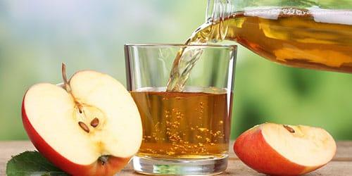 пить яблочный сок